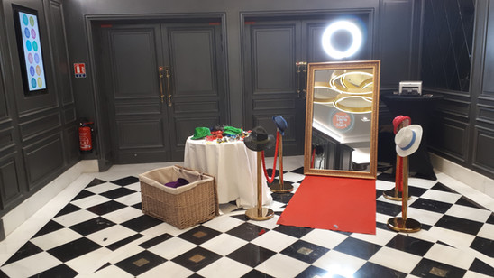 Mariage miroir booth borne photos miroir magic