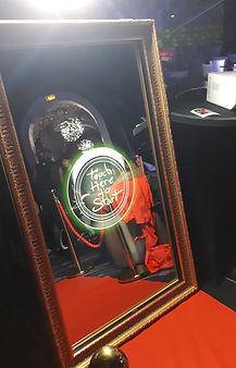 Borne photos miroir magique.jpg