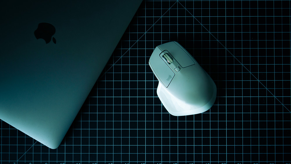 an image of a computer and a mouse