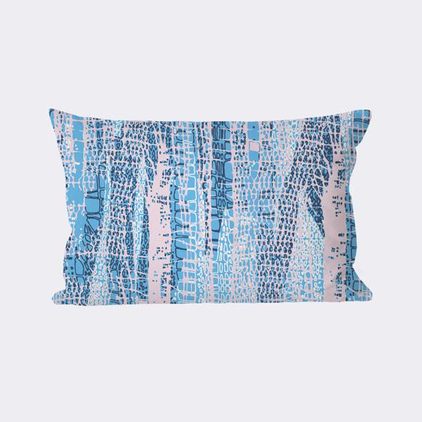 EVRS - Serpent Cushion