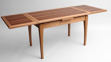 Brown oak extending coffee table