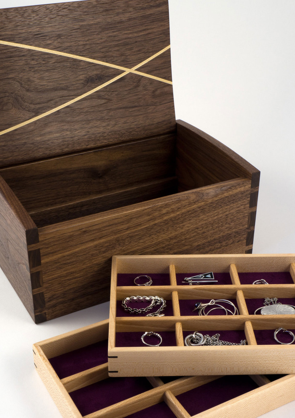 Jewellery box with two stoage trays