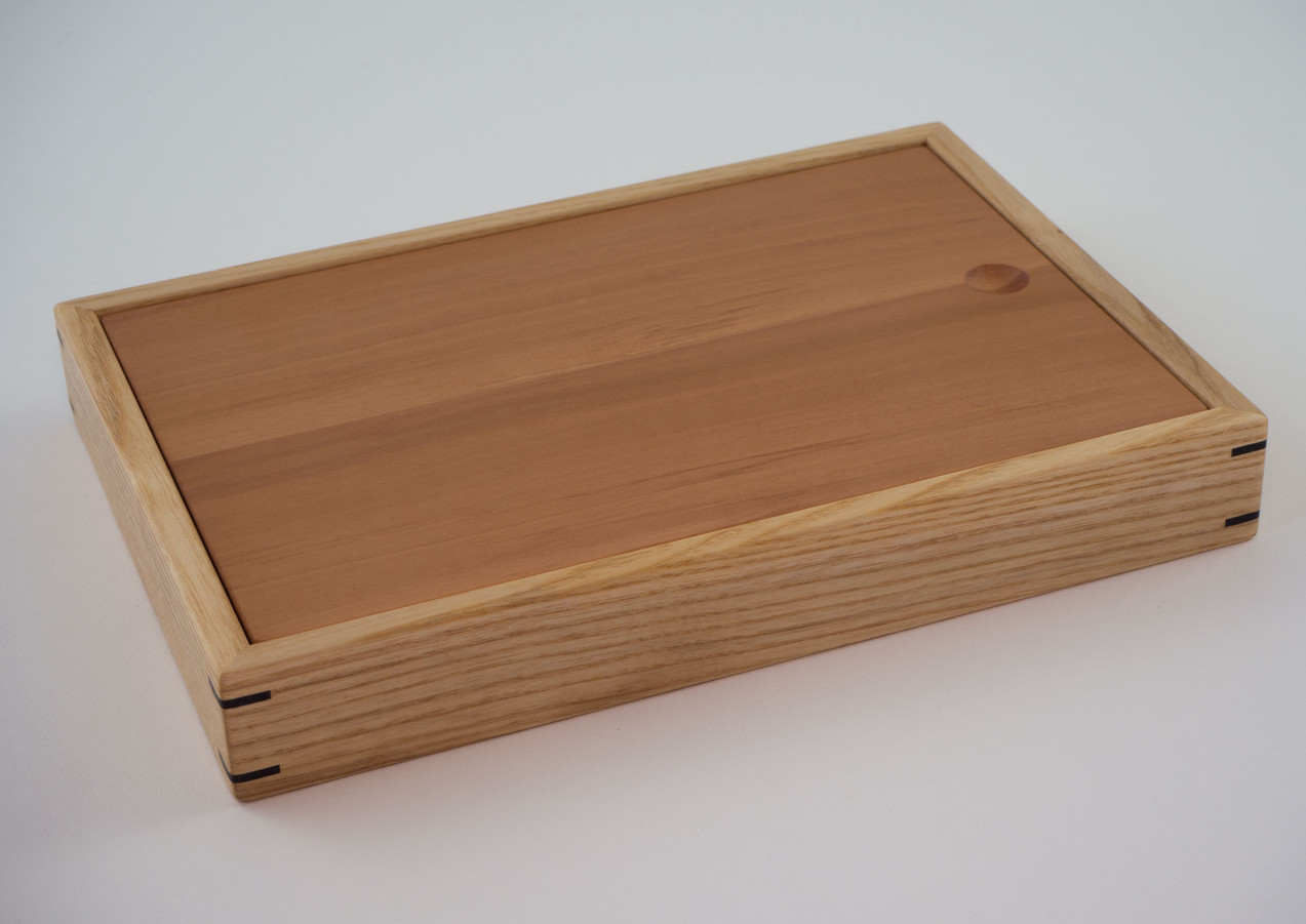 Small ring wooden jewellery box