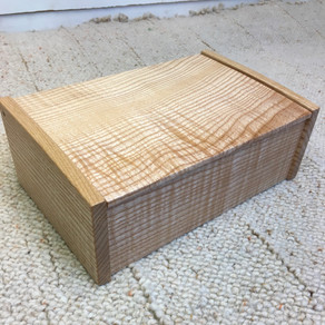 Ripple ash jewellery box