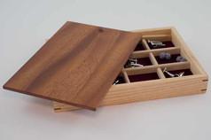 Pop-up lid cufflink box