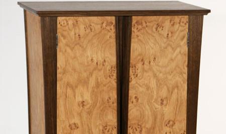 Oak cluster drinks cabinet