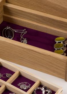 Small oak jewellery box with tray