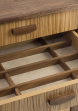Jewellery storage chest of drawers