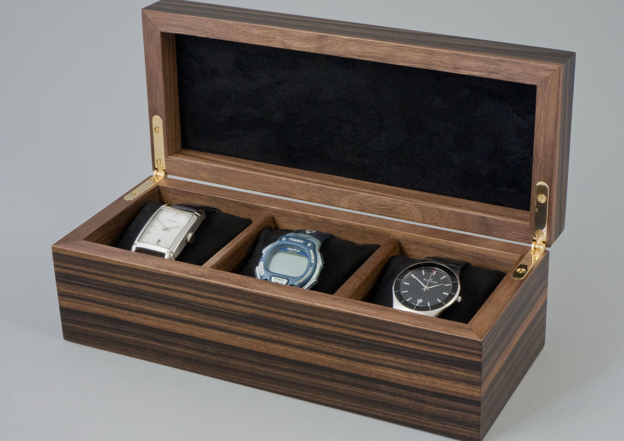 Wrist watch storage box