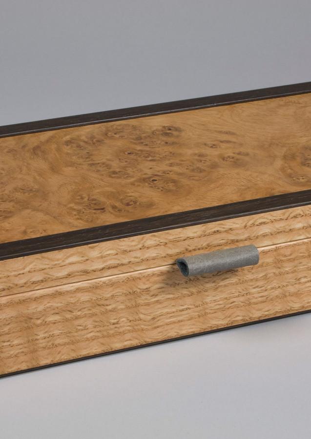 Small oak burr jewellery box