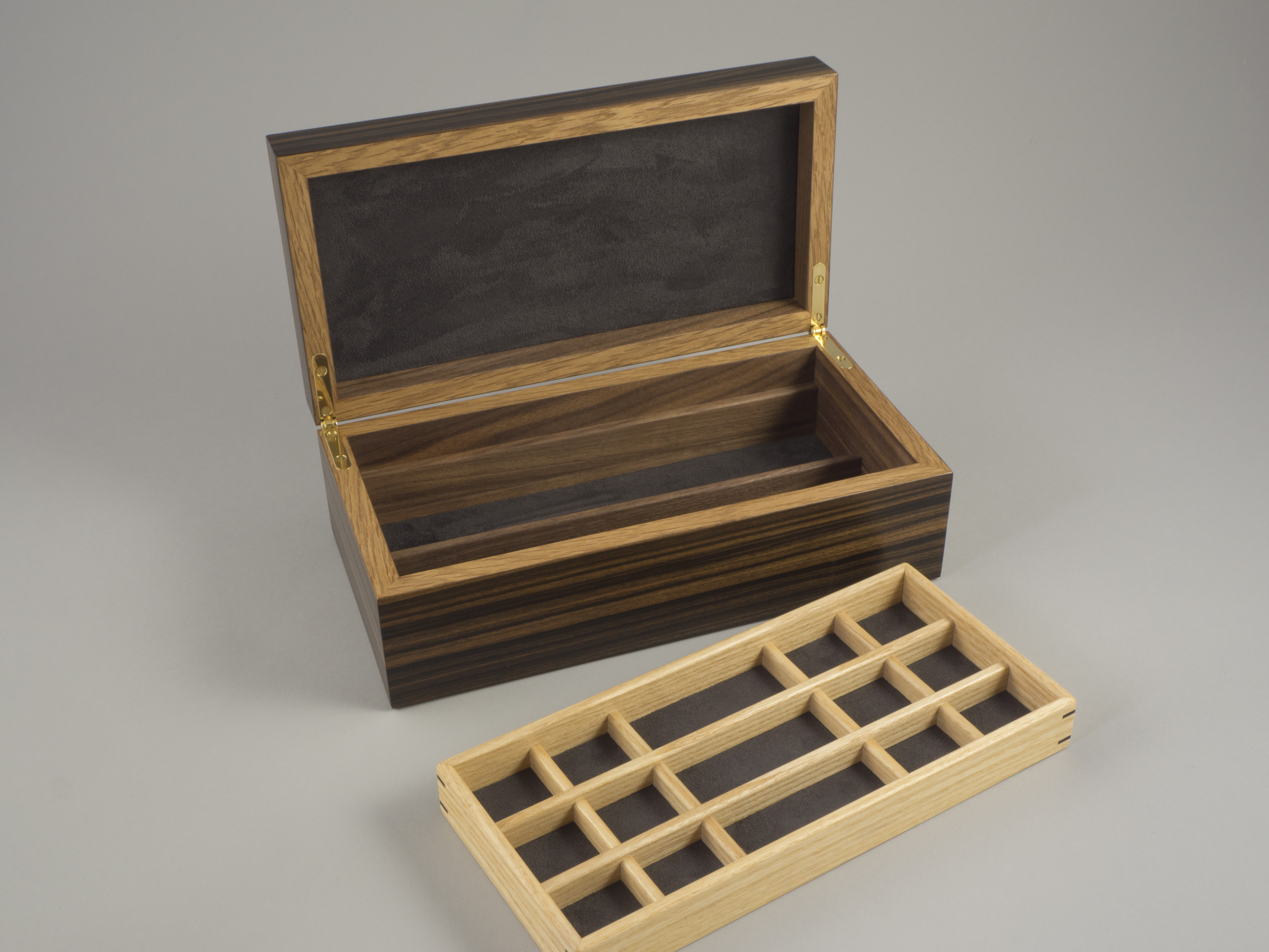 Lower storage compartment