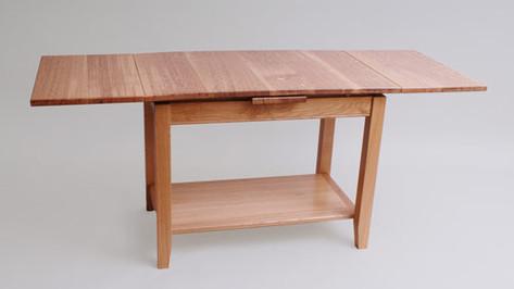 Oak extending coffee table