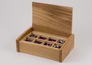 Oak jewellery box with storage tray