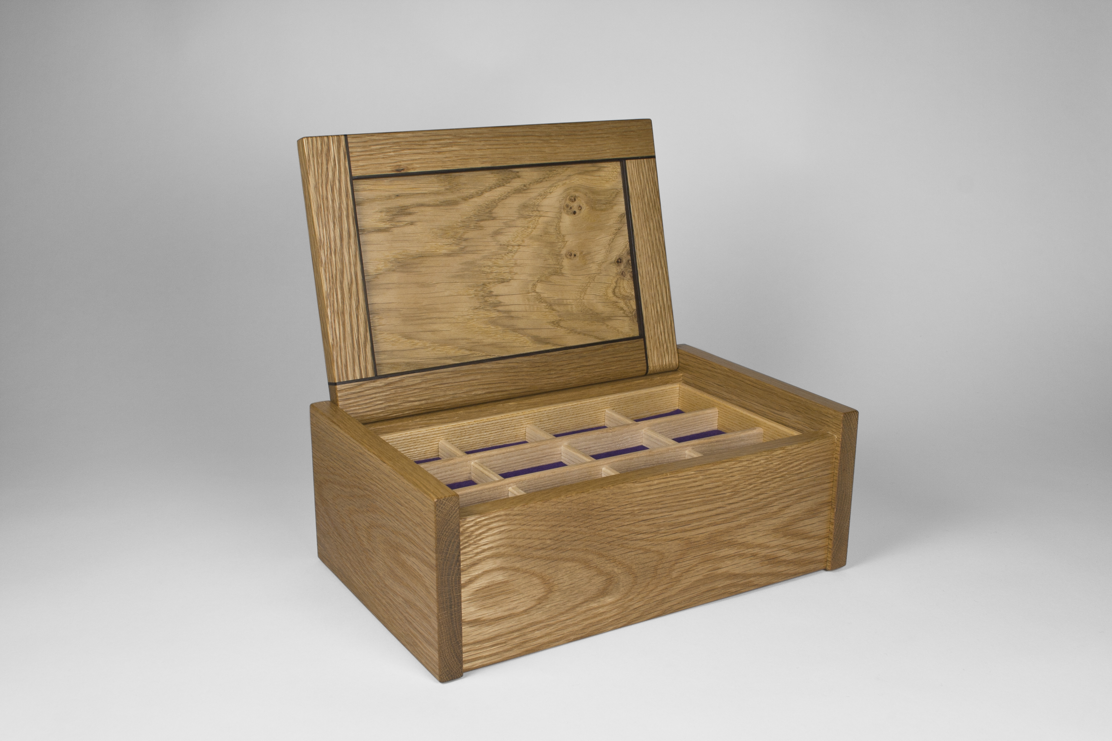 Jewellery box with lid open