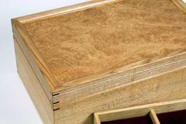Chestnut burr lid jewellery box