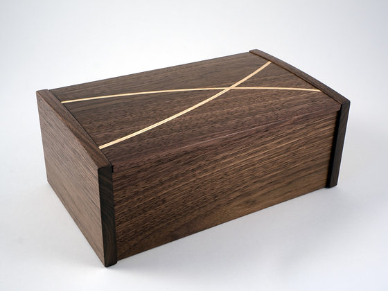 BB245 - American black walnut  'winding paths' jewellery box