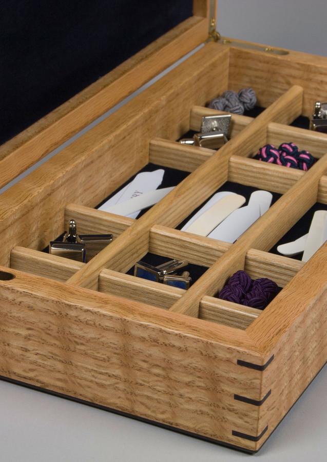 Cufflink storage box made of oak