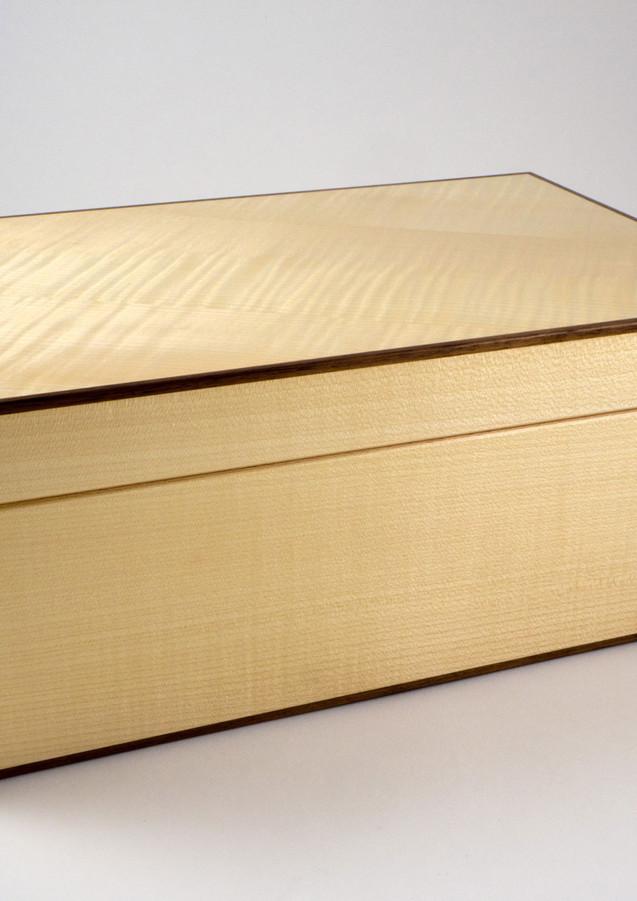 Large sycamore jewellery box