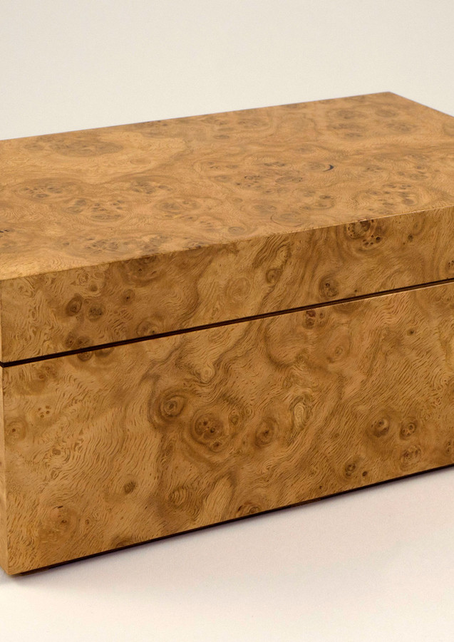 Oak burr jewellery box
