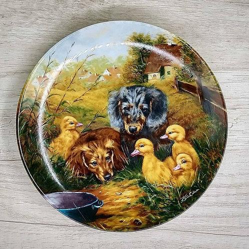 """Plato de Colección Alemán, Porcelana de Bavaria """" Reunión en el Tazón de Agua"""" ("""