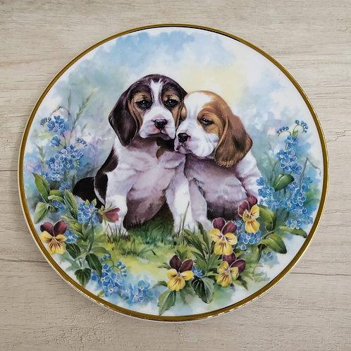 """Plato de Colección Royal Vale, """"Cachorros""""."""