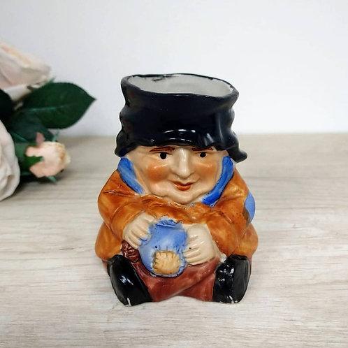 """Jarra de porcelana """"Toby Jug"""" de la marca The Leonardo Collection."""