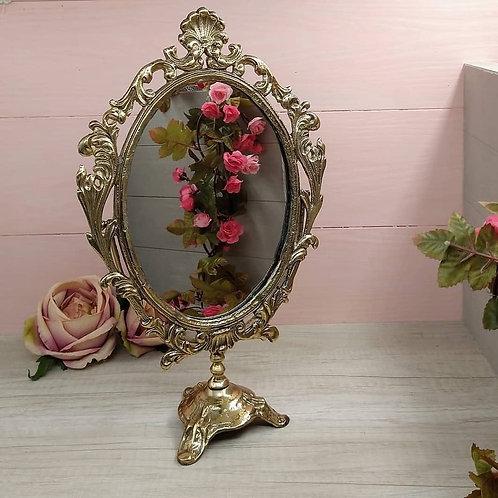 Espejo de Tocador Estilo Luis XV. .