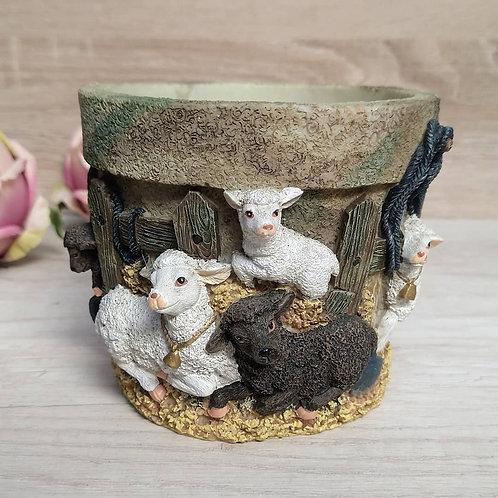 Porta maceta poliresina, ovejitas.