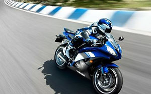 2009-yamaha-yzf-r6-normal.jpg