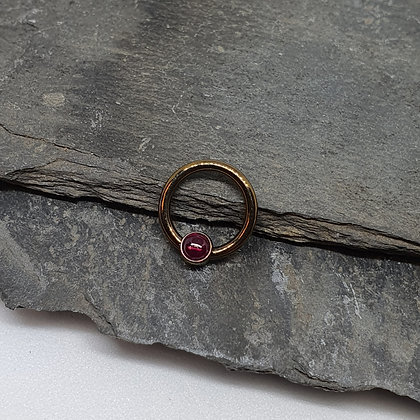 Anatometal - Titanium Ring - Red Garnet