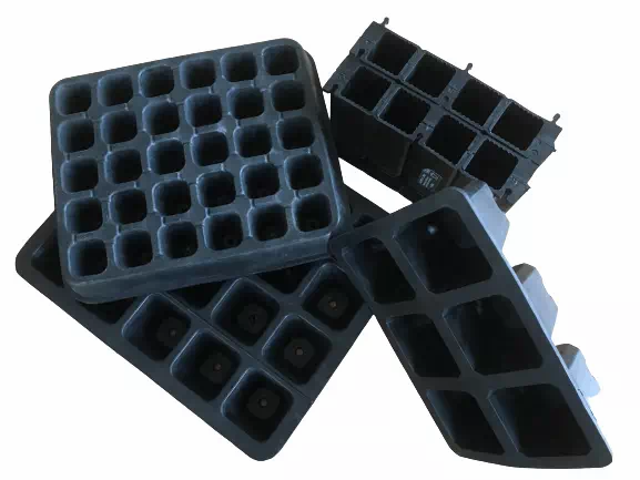 four sizes of plastic-free seed trays made from natural rubber