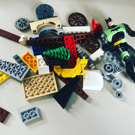5 LEGO Engineering Challenges