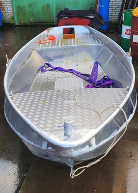 zelflozende aluminium roeiboot