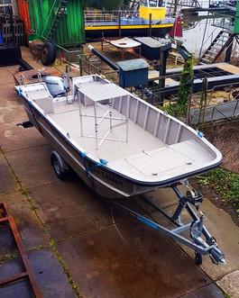 Nieuwbouw_AluminiumWerkboot1.jpg