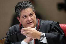"""""""Só TSE poderá tirar a elegibilidade de Lula"""", afirmam ex-ministros do tribunal"""