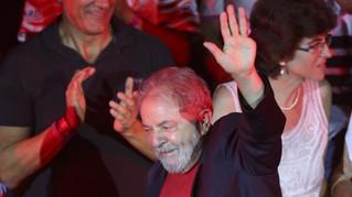 """Lula diz que não será mais Lulinha Paz e Amor: """"dei amor, só tomei porrada"""
