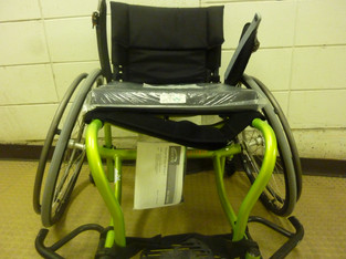 045 Fauteuil roulant multi-sports.JPG