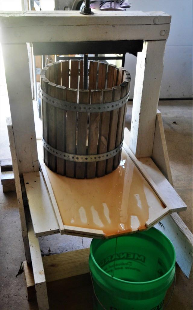 Cider press