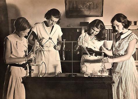VSS-Science Lab-1939.jpg