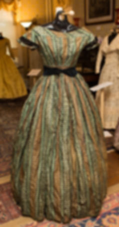 1860 Green Brown Plaid Dress.jpg