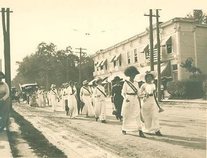 PW 1913 suffragettes.jpg