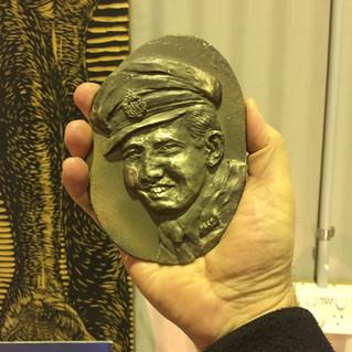dad portrait bronze