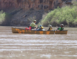 lunch time! #greenriver #clippercanoes #desertrivers