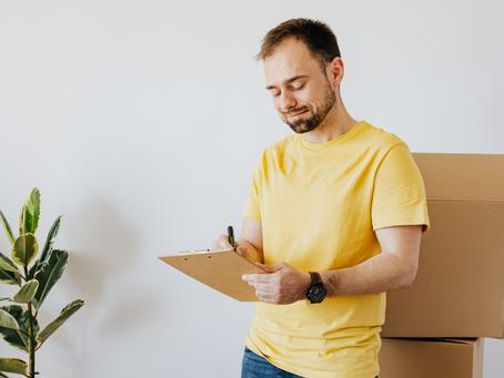 Zakup nieruchomości, jakie dokumenty warto sprawdzić przed podpisaniem umowy przedwstępnej.