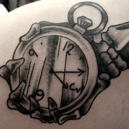 ☠️ Time Keeper by @elydoestattoos . . .