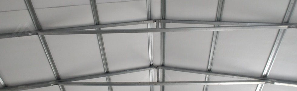 The roof on a 30x50x12 inside view
