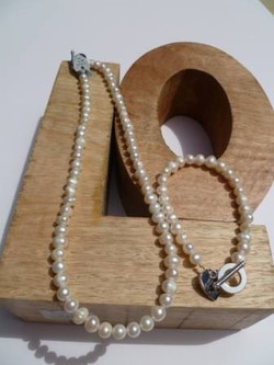 Ivory Fresh Water Pearl Necklace