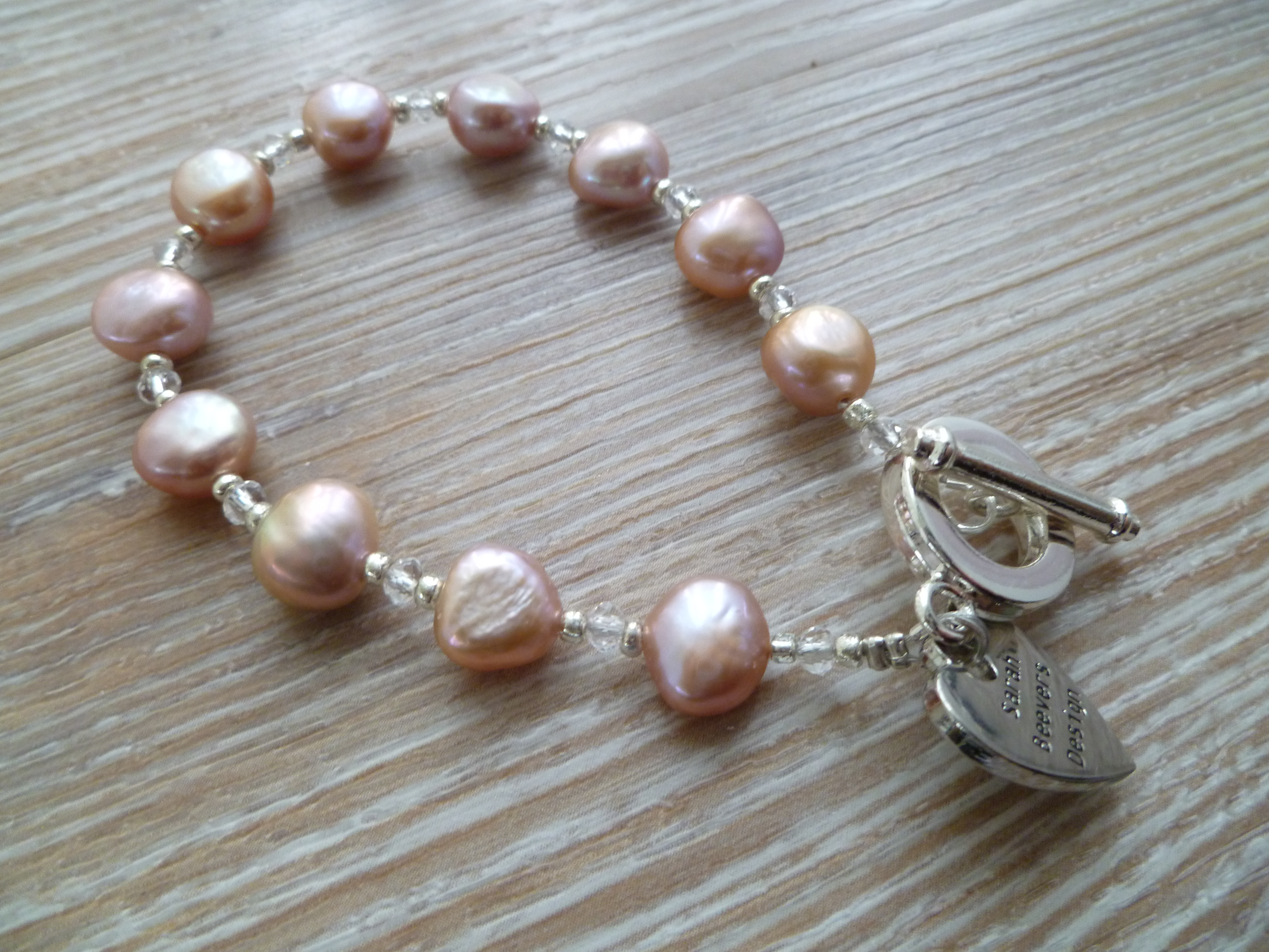 Fresh Water Pearl and Glass Bracelet