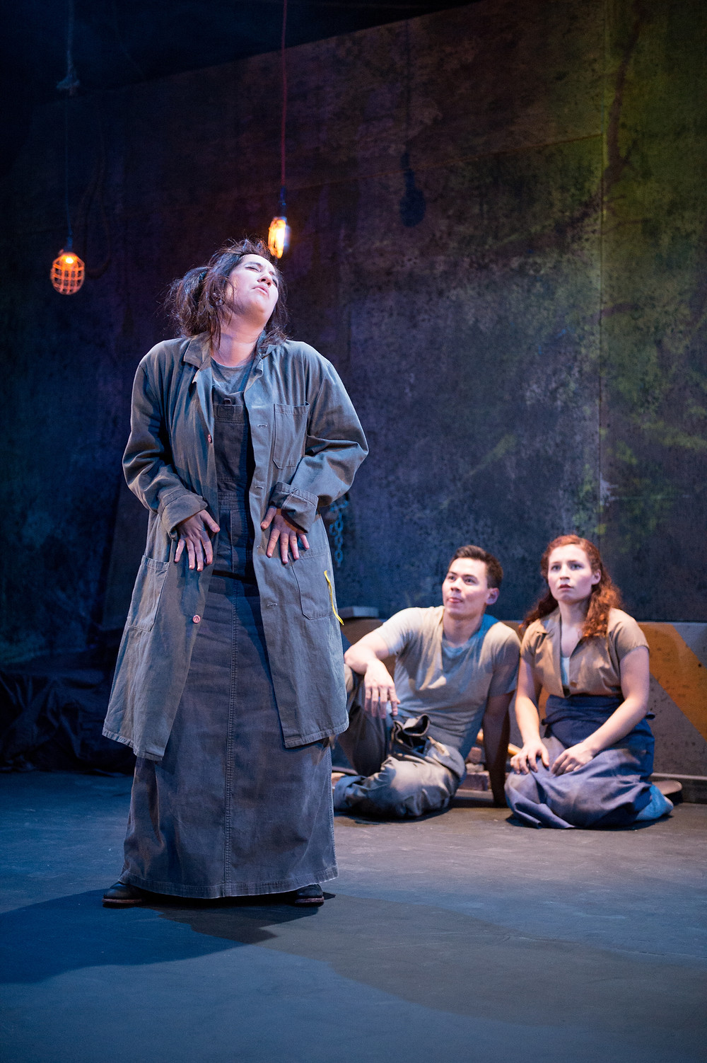 Hannah Jane Ginsberg as Titania, Nick Ong as Lysander, Kelly Letourneau as Hermia