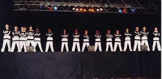 DANÇA DE RUA - DANCE SESI 1997 (2).jpg